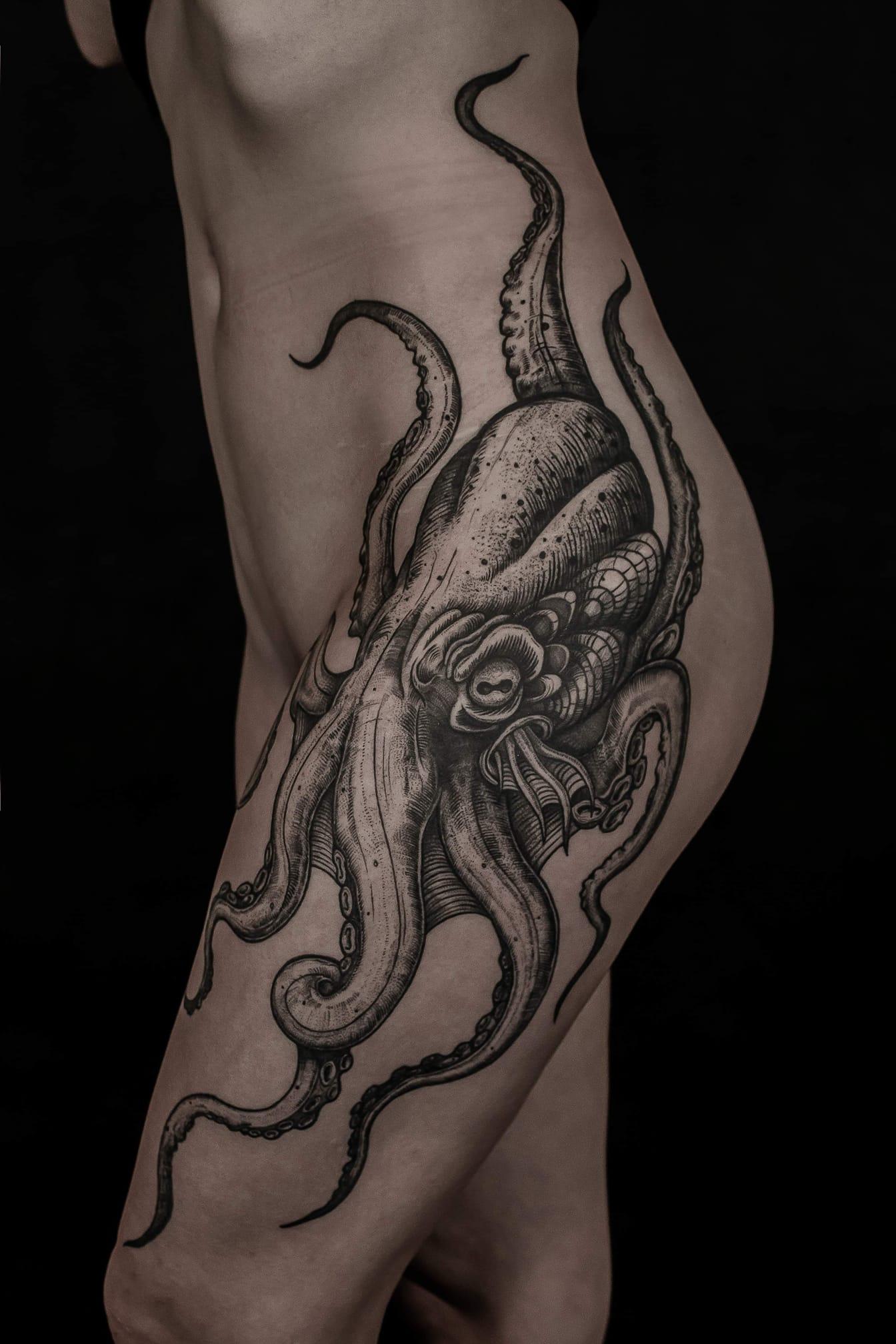 Inksearch tattoo Oskar Gurbada