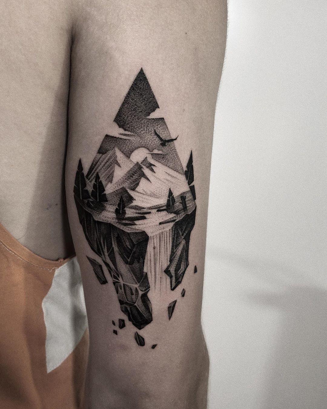 Inksearch tattoo Patryk Chybowski (Boski Tattoo)