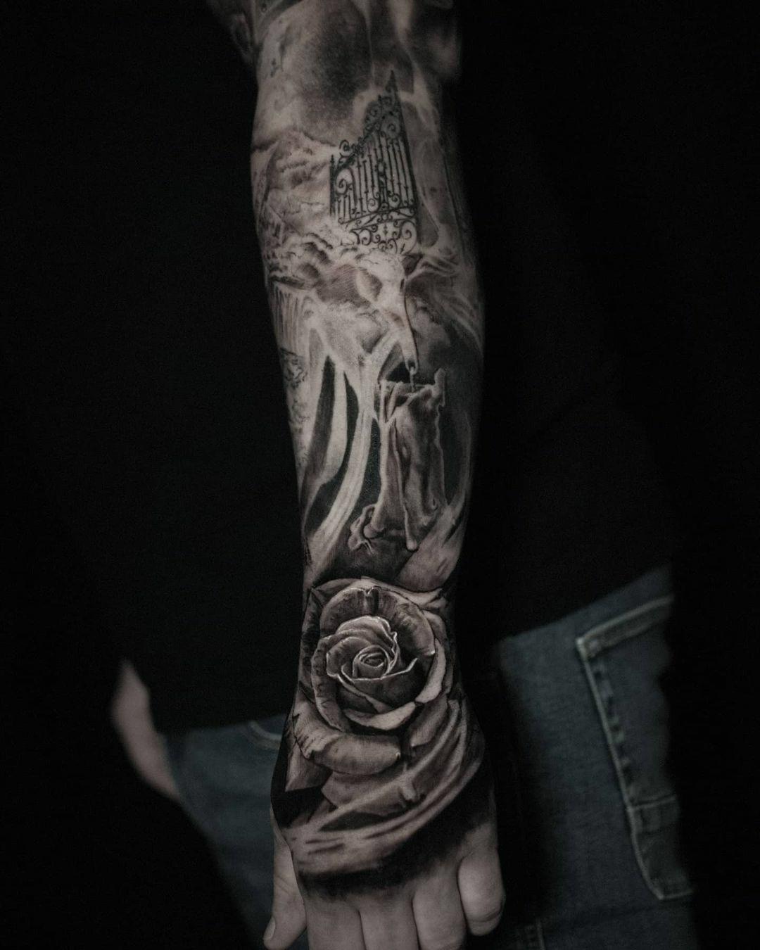 Inksearch tattoo Marcin Nencek Grey eye Tattoo