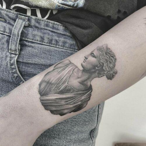 Baba na Rowerze Tattoo inksearch tattoo
