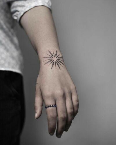 Joanna Kudzia inksearch tattoo