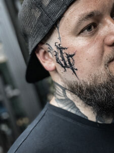 Kate Black inksearch tattoo